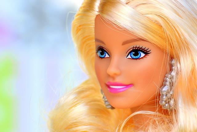 hlava Barbie.jpg