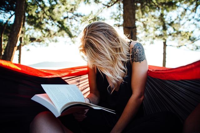 čtení v přírodě