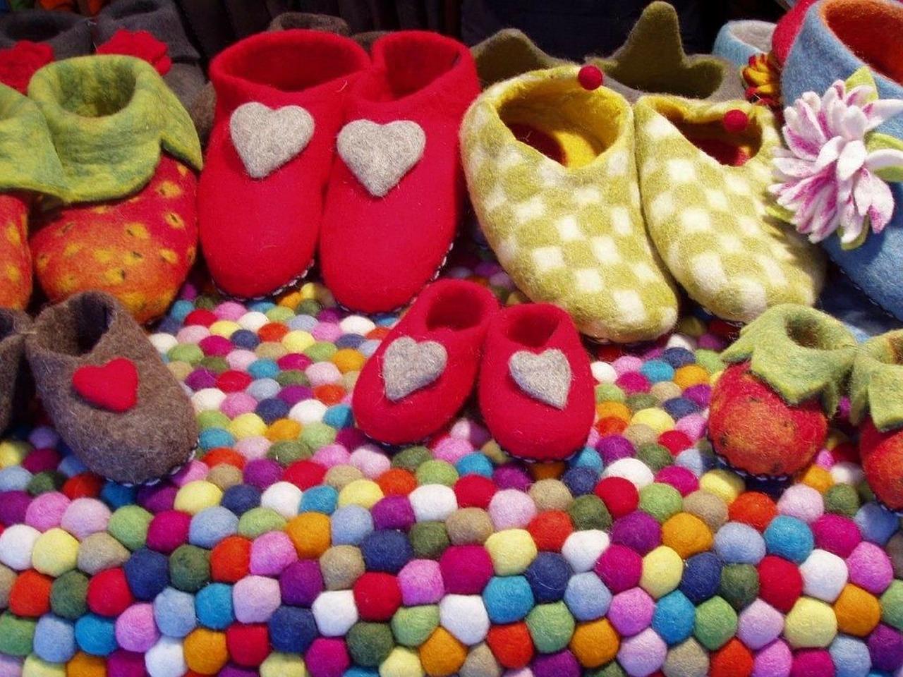 shoes-139899_1280